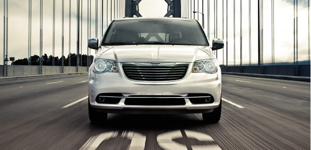 Chrysler Town and Country Lethbridge