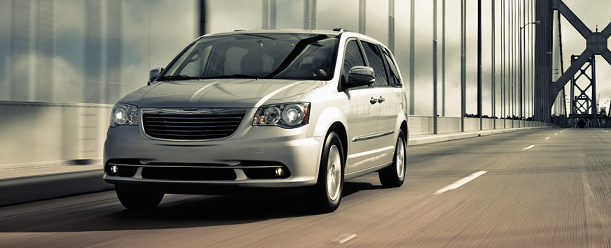 Chrysler Town and Country Fort Macleod