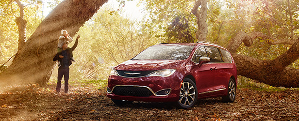 Chrysler-Pacifica-Exterior3
