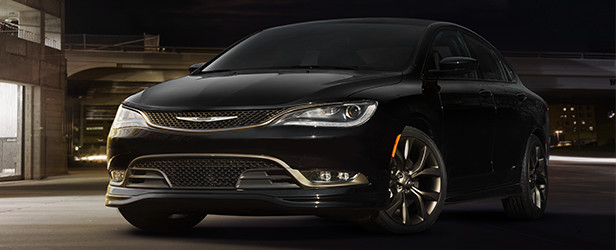 3016-CHRYSLER-200_Ext-Story-01-AlloyEdition_2017_CH016_143TW